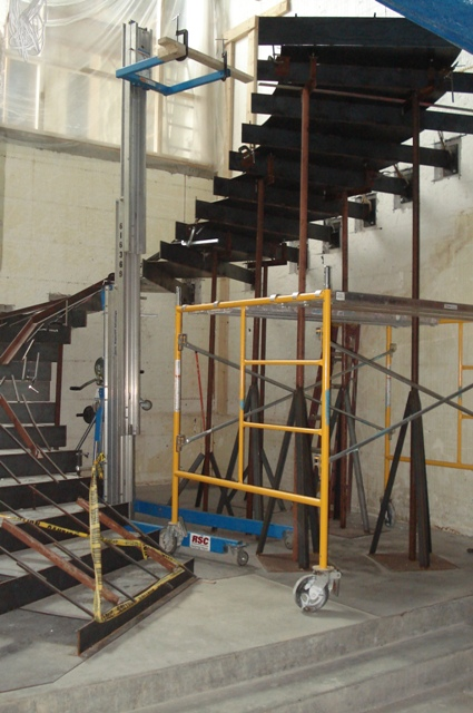 Steel Staircase Cantilevered Tread Installation